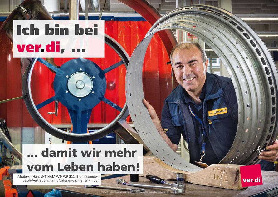 Der Entwurf des ver.di Plakates zeigt den Lufthansa Brennkammer-Techniker - Foto © Dietrich Hackenberg