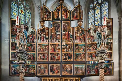 Halb geschlossener Antwerpener Retabel - St.Victor Kirche Schwerte - Foto © Dietrich Hackenberg