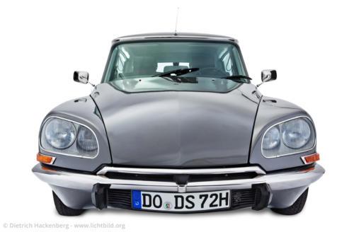Citroen Automobil - Fotografiert für einen Museumsprospekt - Foto © Dietrich Hackenberg und Joe Kramer
