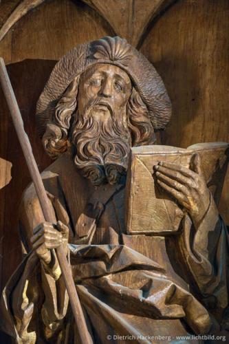 Figur des heiligen Jakobus auf dem Schnitzaltar - Jakobus Kirche Breckerfeld - Foto © Dietrich Hackenberg