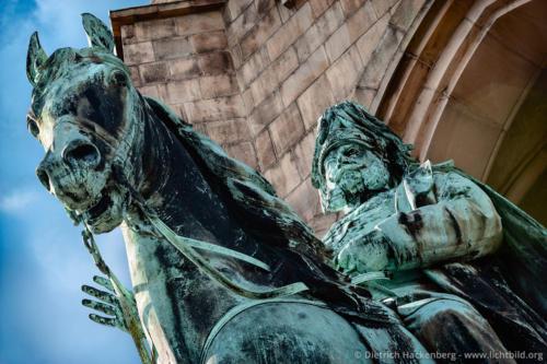 Reiterstandbild von Kaiser Wilhelm I. Dortmund, Hohensyburg - Foto © Dietrich Hackenberg